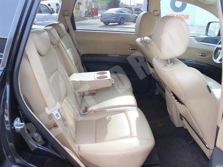 Subaru Tribeca напрокат в Киеве