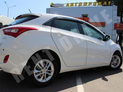 Hyundai i30 напрокат