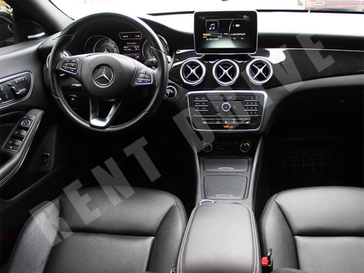 Mercedes CLA rentdrive