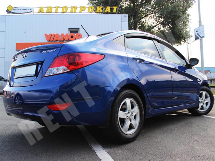 rent Hyundai Accent