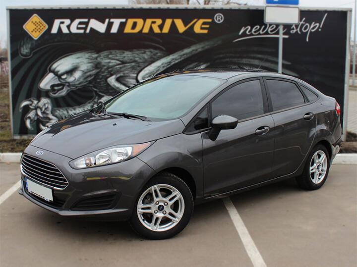 прокат Ford Fiesta